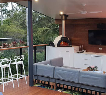 Do your best entertaining with a wood fired oven
